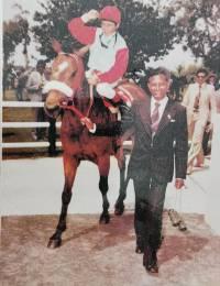 Rama Padayachie leading horse